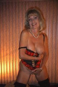 Reife Frauen 60+